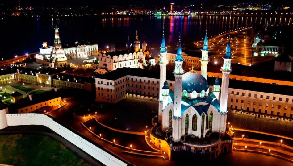 Вид на ночную Казань