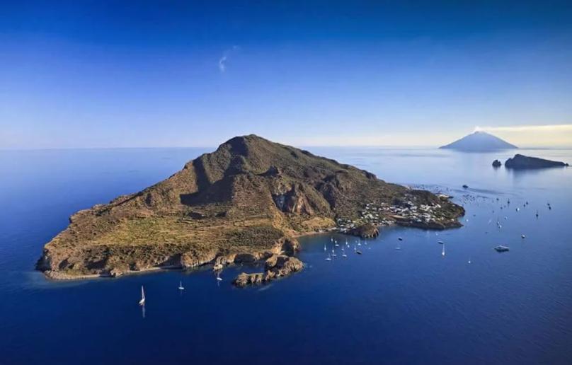 Остров Стромболи, Италия