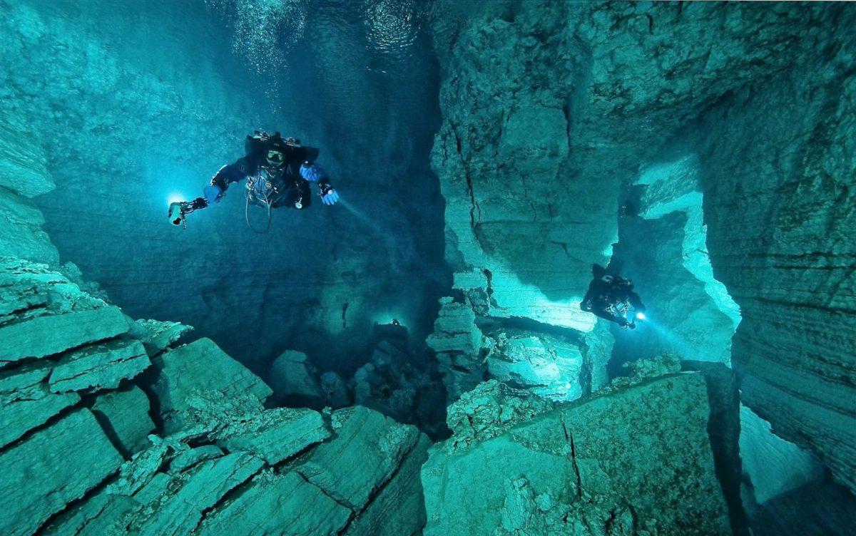 Пещера легенда