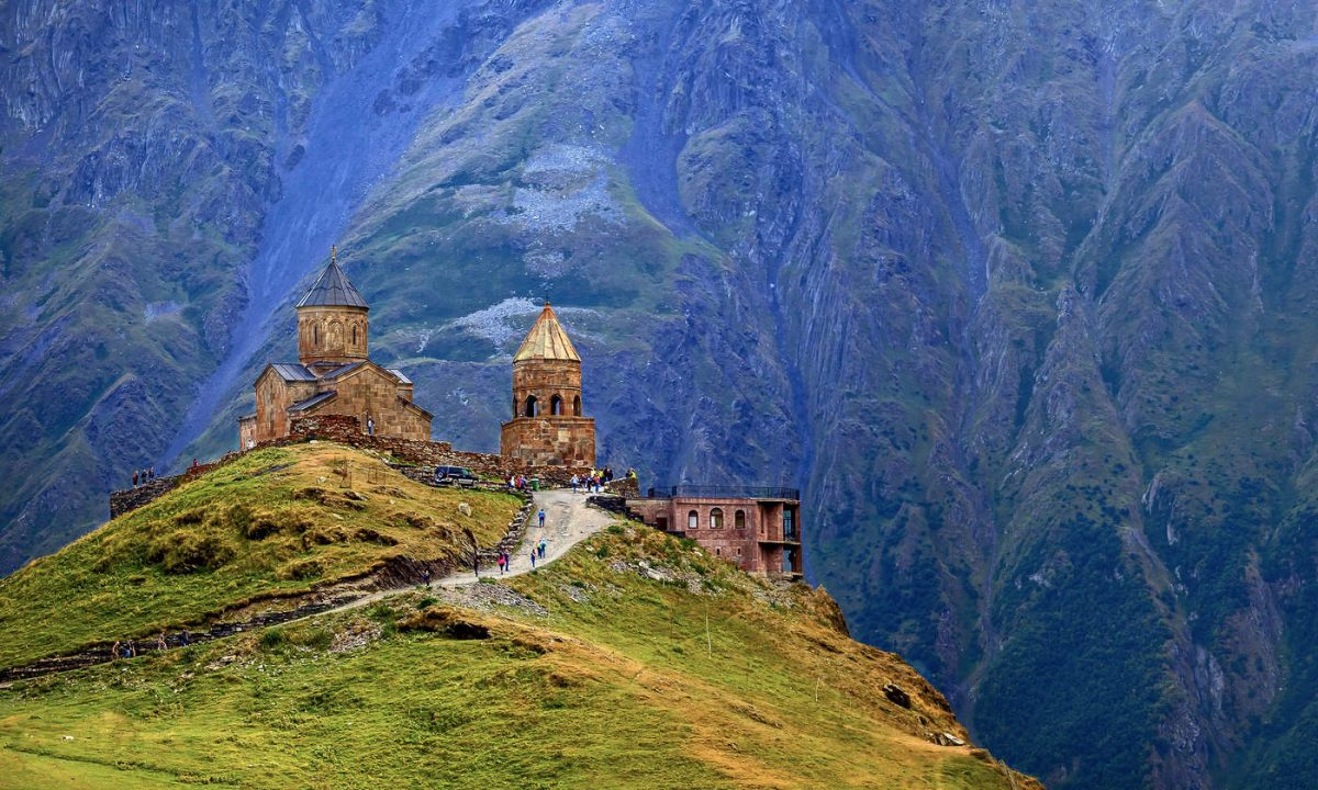 Грузия Степанцминда и Гергетская церковь