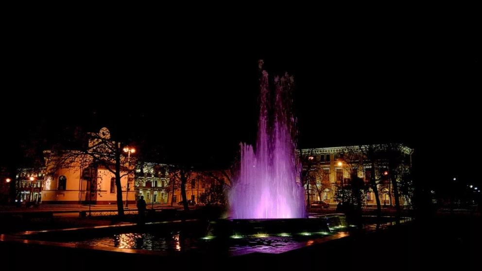Поющий фонтан в Кронштадте