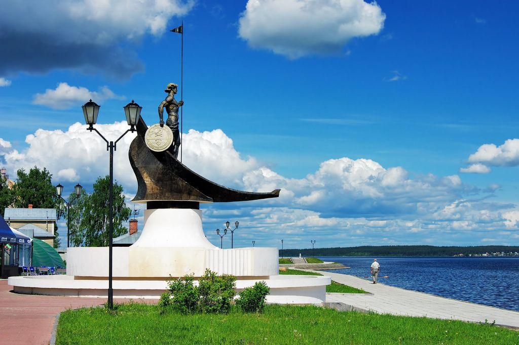 Онего памятник Петрозаводск