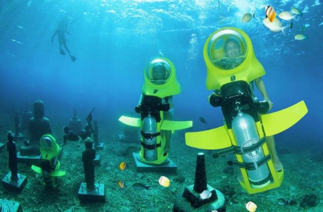 Прогулка на подводном скутере