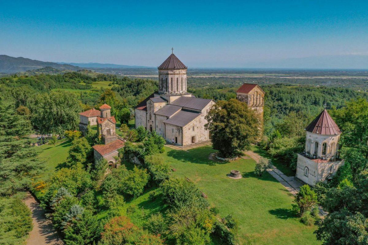 Чкондидский монастырь