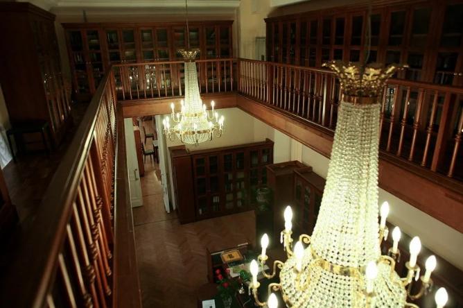 Дом Пашкова, интерьер библиотеки