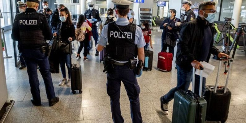 Авиаперевозчики Европы опасаются хаоса в аэропортах из-за паспортов вакцинации 1