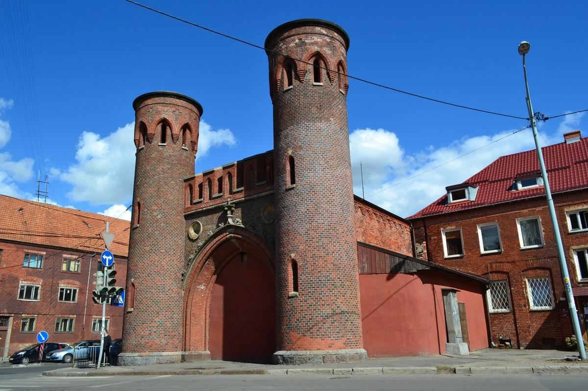 Закхаймские ворота Калининград