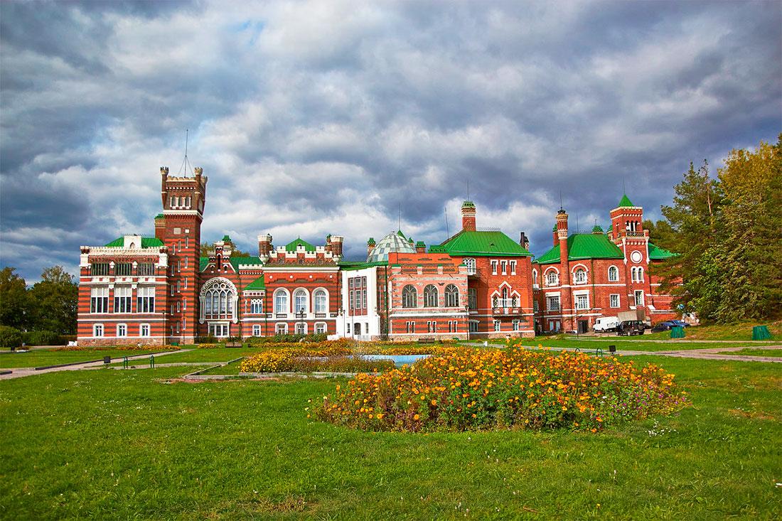 Комплекс «Замок Шереметева»